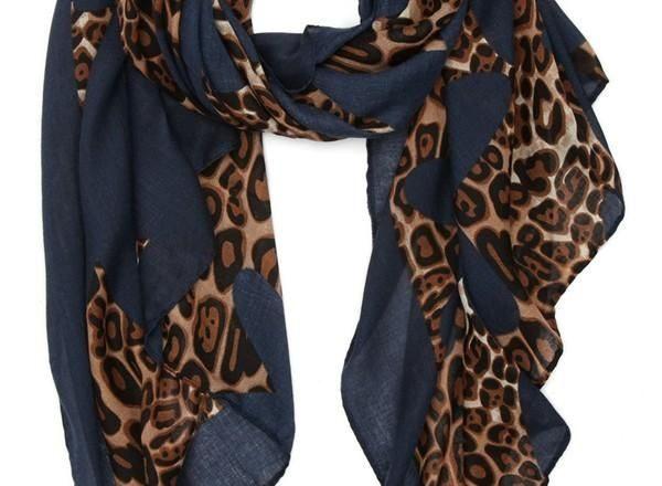 3696a757f5391c63d8ff3b14d09835da 600x440 - Leopard Shawl (Blue)