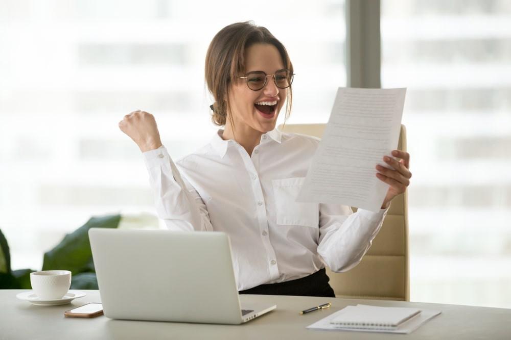 1 HroGFmJ2FhsnB69uGYIIXA - Benefits of Having a Stable Job